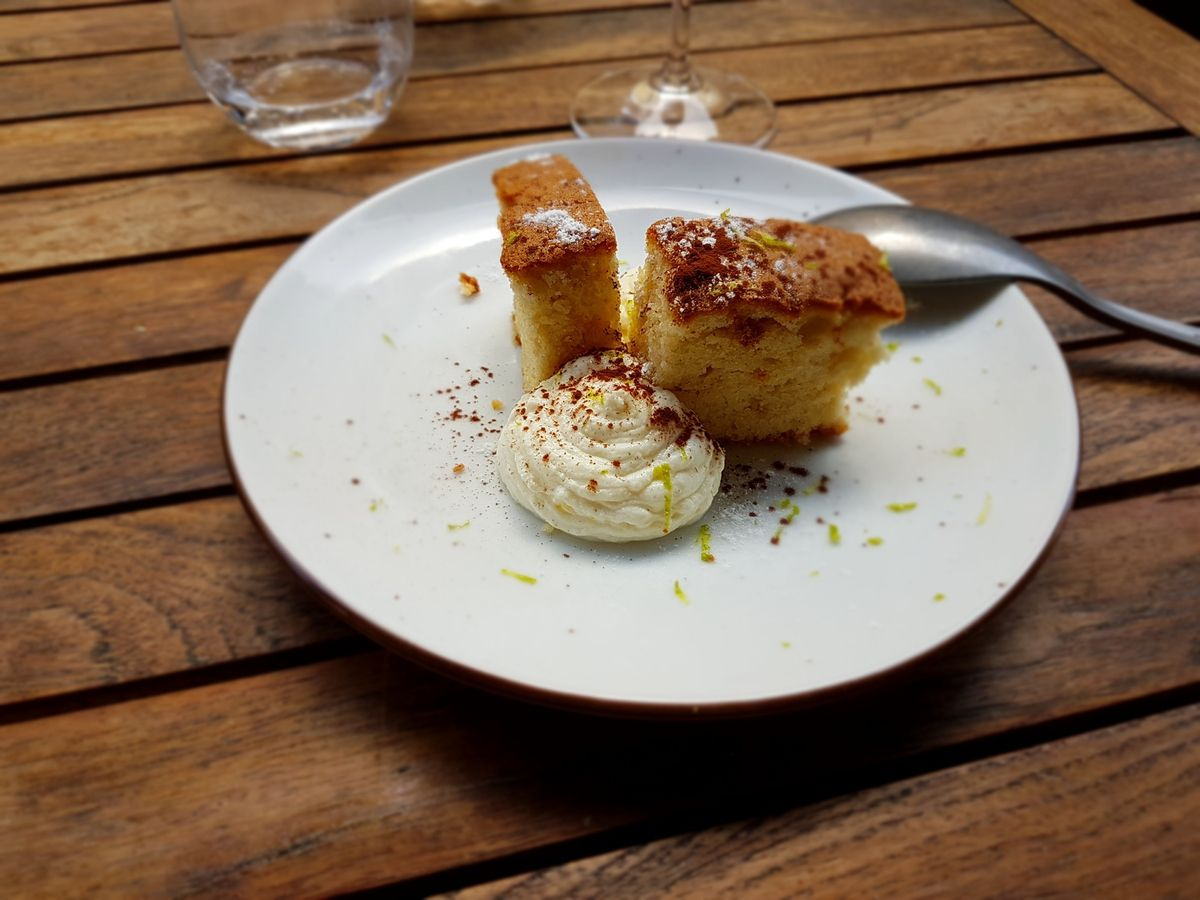Financier amandes et crème ricotta Sellae Restaurant Paris 13