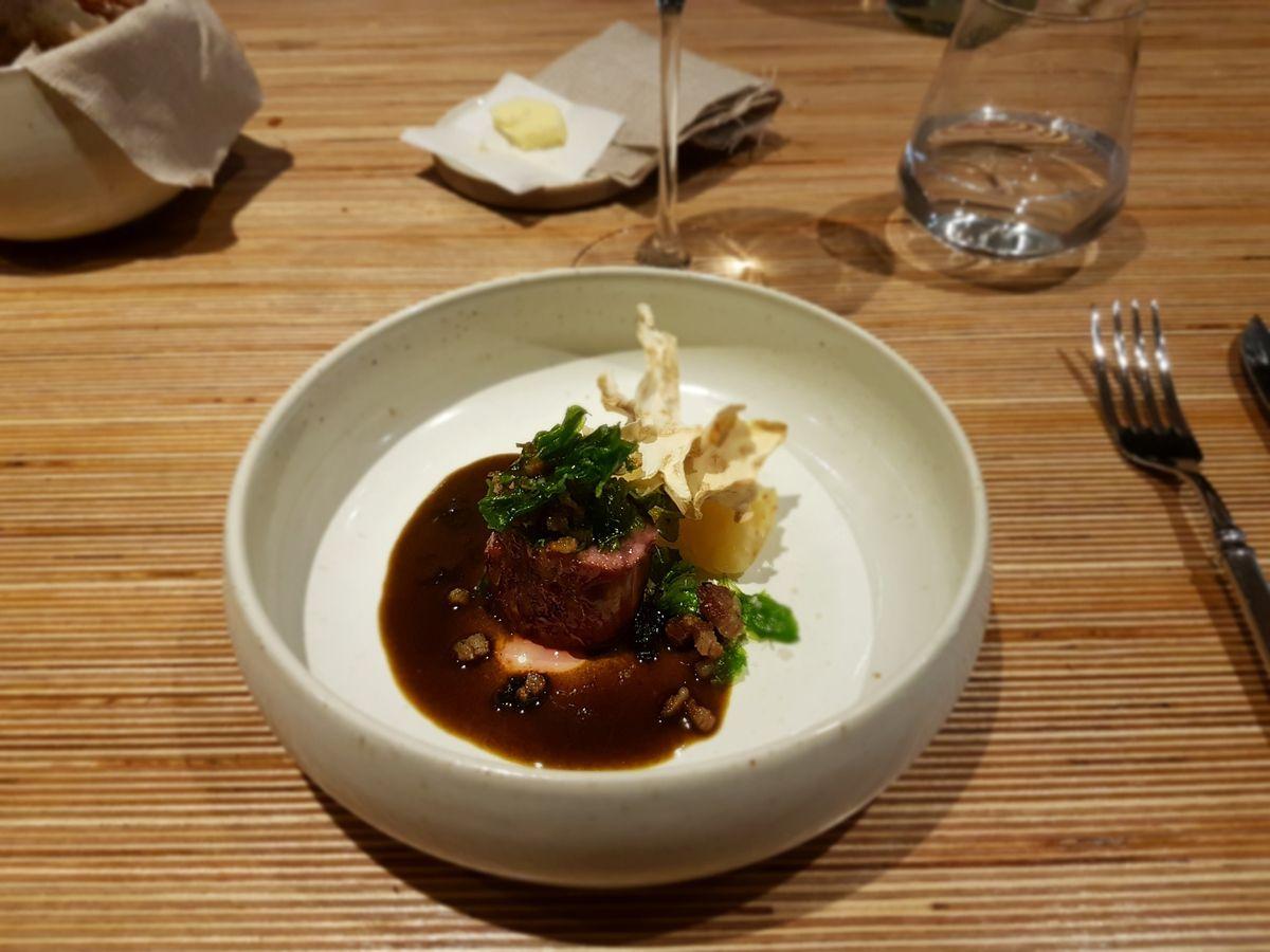 Agneau maturé 60 jours de la ferme de Clavisy céleri cuit 10h NESO Restaurant Paris 9