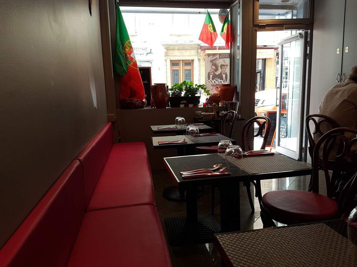 Le Petit Cochon Restaurant Paris 9