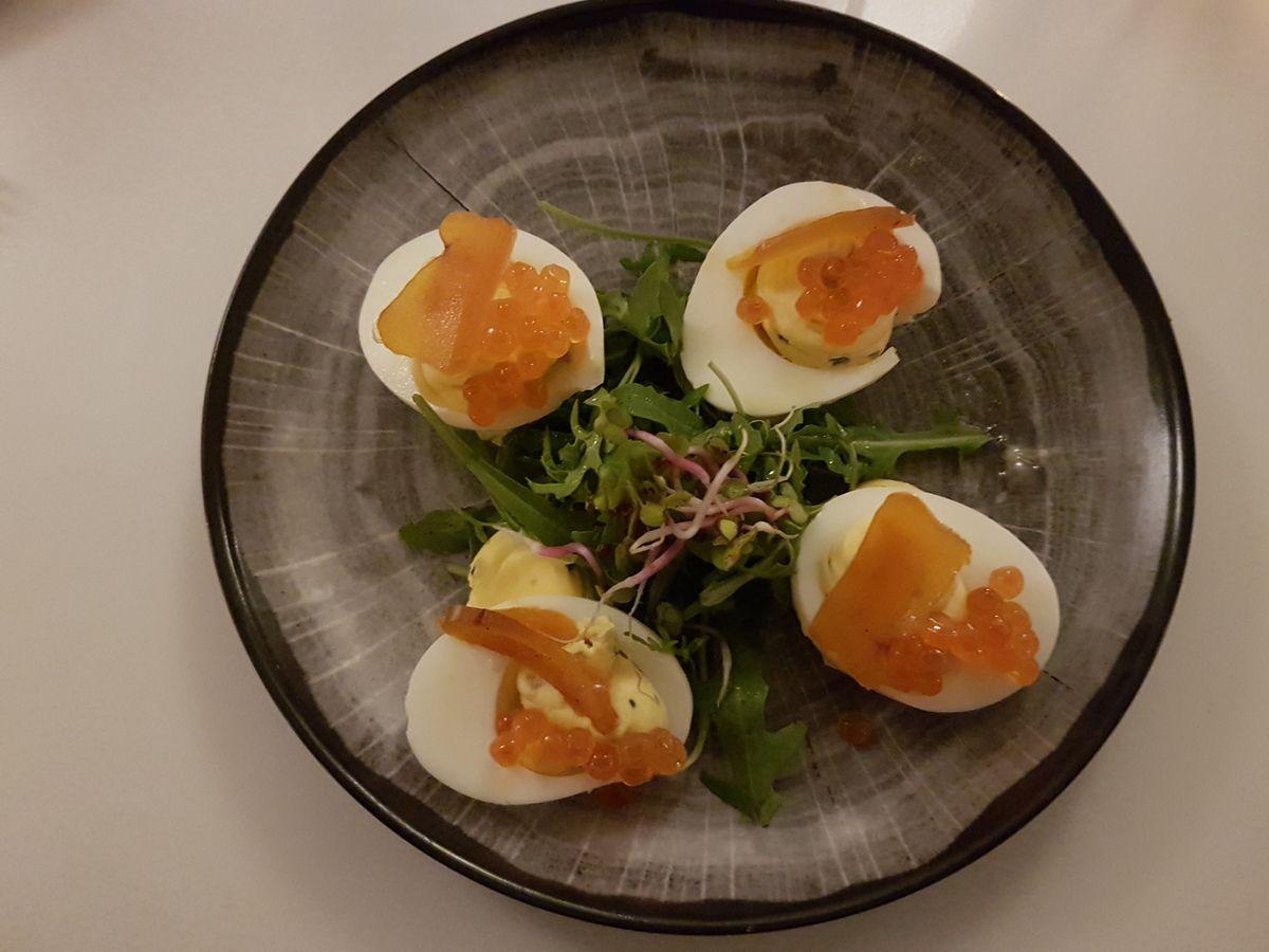 Oeufs mimosa bio, oeufs de truite et Boutargue Les Françaises Restaurants Paris 17