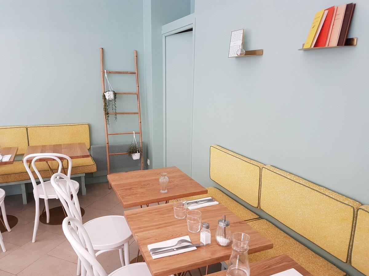 Café Mimosa Restaurant Paris 9