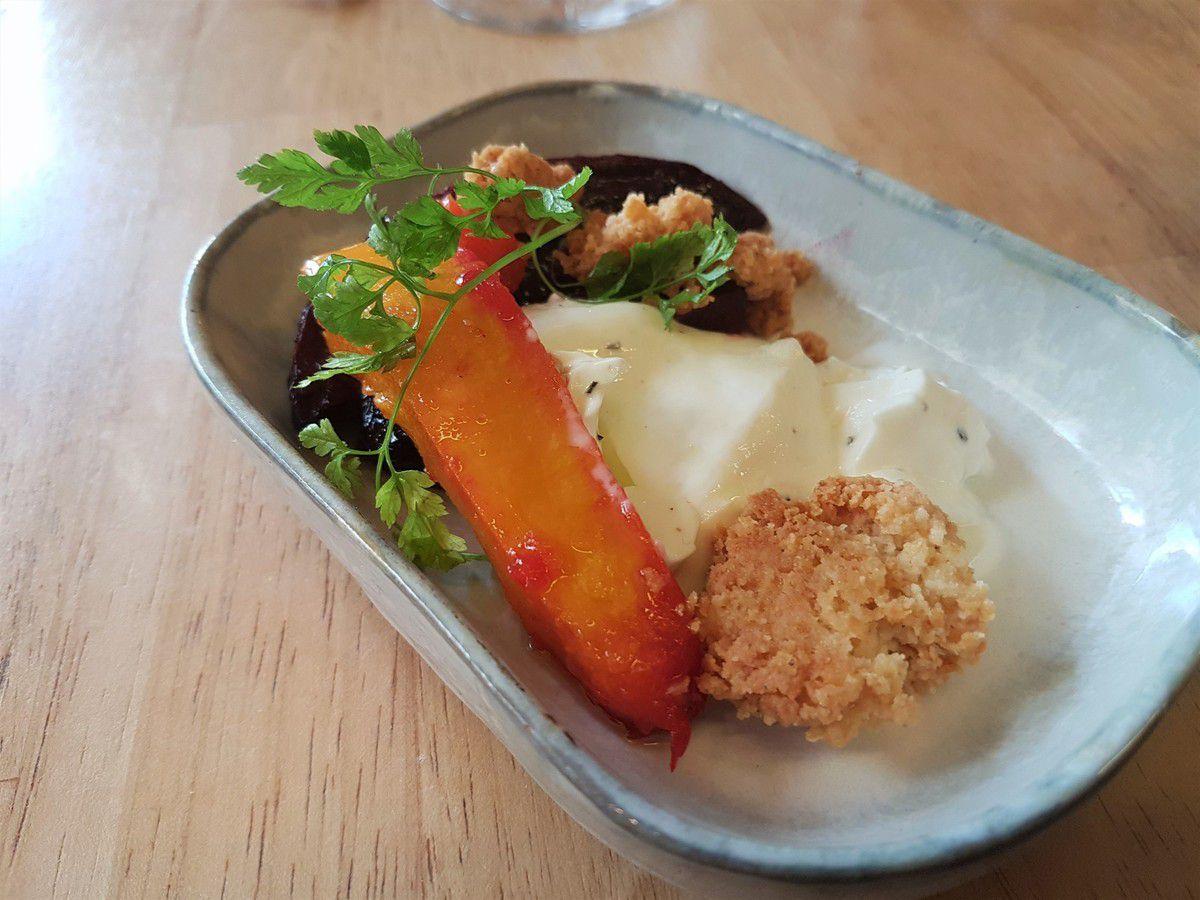 légumes rôtis, pana cotta au romarin et crumble Comté Jackpot Restaurant Paris 3