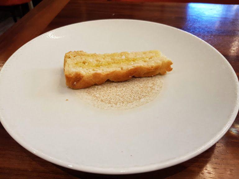 Focaccia à l'huile d'olive Affinité Restaurant Paris 5