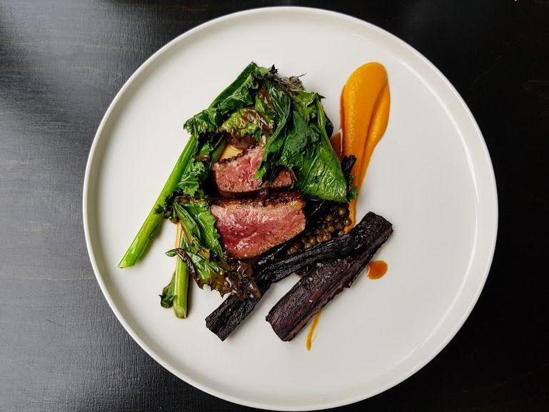 Magret de canard, lentilles, carottes et cima di rapa Badaboum Restaurant Paris 11