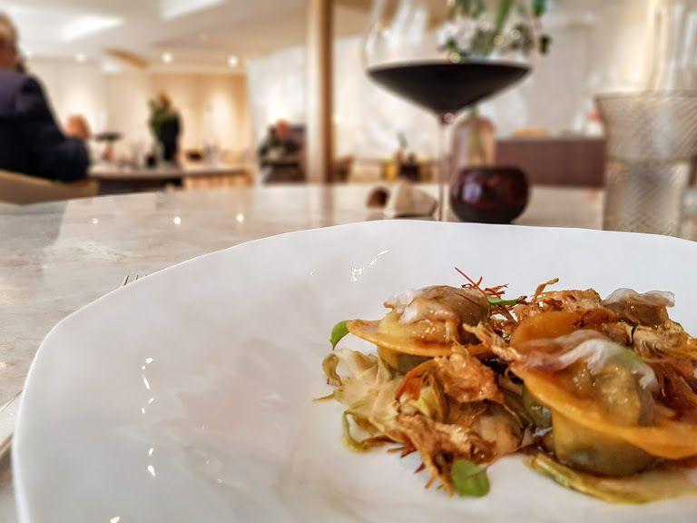 Ravioles de Lena, lard de colonnata, herbes Marsan Restaurant Paris 6