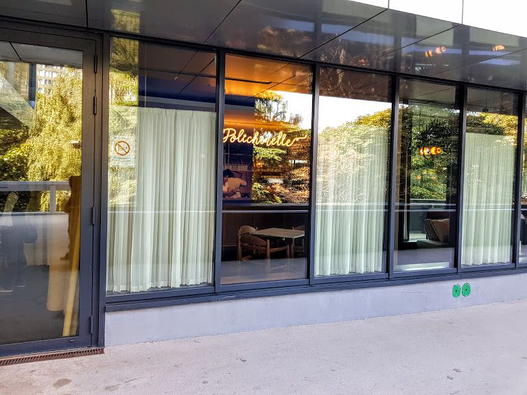 Polichinelle Restaurant Paris 15 quai de Grenelle