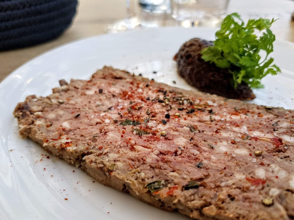 Terrine de gibiers et poire Le Petit Nico restaurant Paris 17