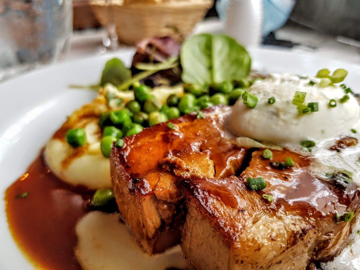Pressé de veau confit, petits pois et crème à la menthe Le Bistrot des plantes, restaurant Paris 14