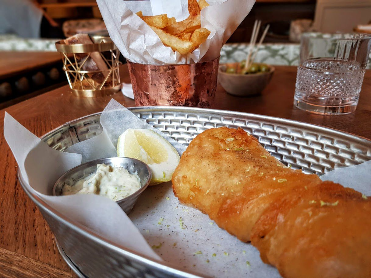 Fish and chips Sir Winston restaurant Paris 16