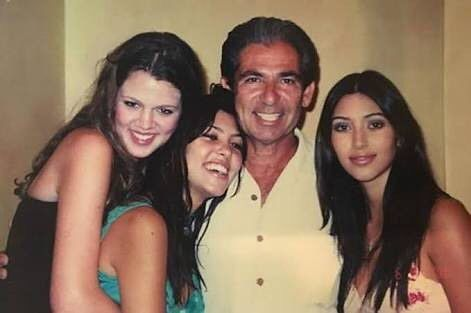 Le père Kardashian et ses filles 😍