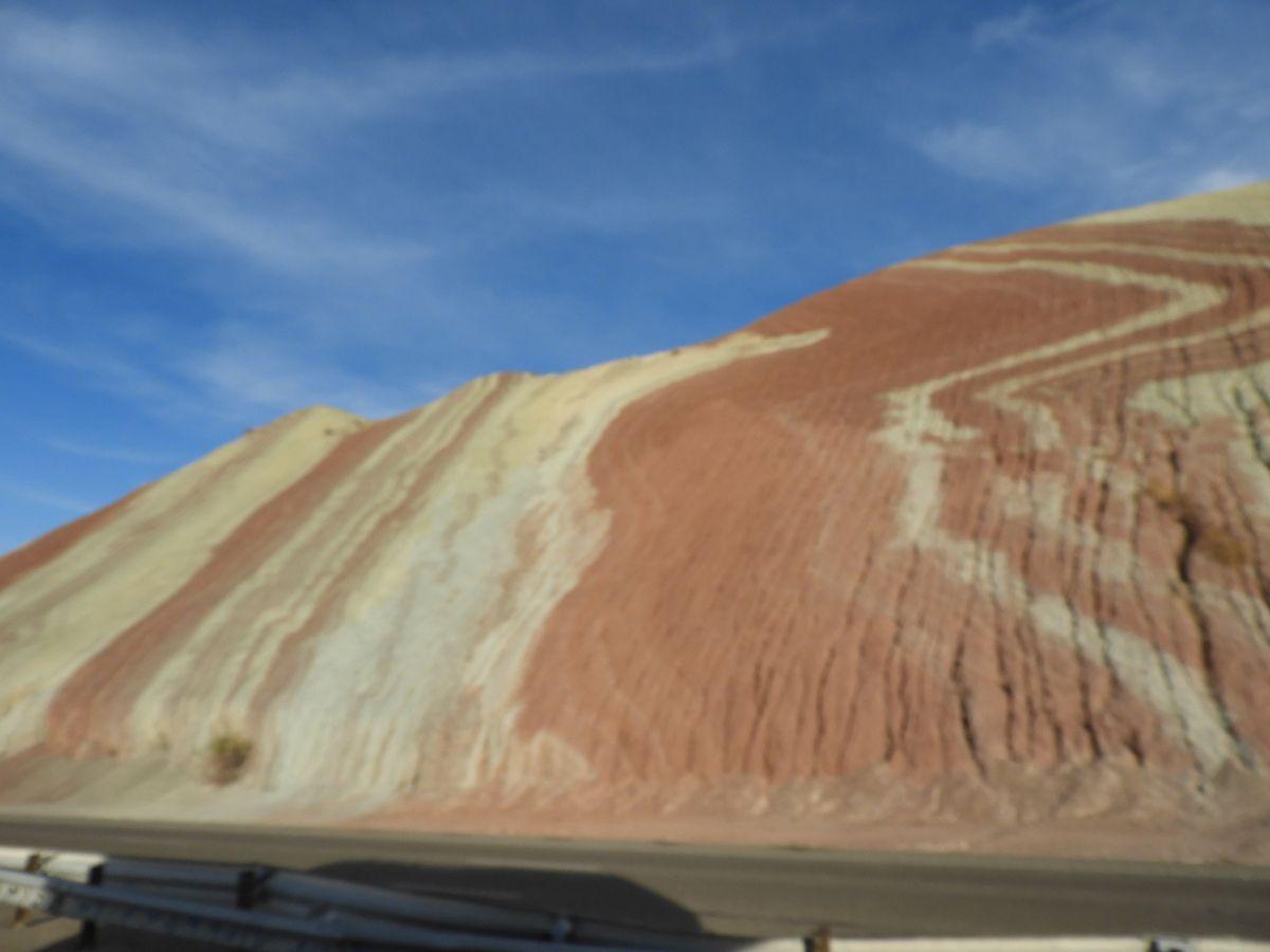 la traversée des montagnes colorées...