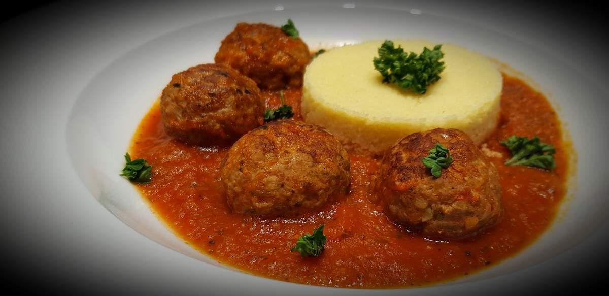 Boulettes de boeuf maison à la sauce tomate
