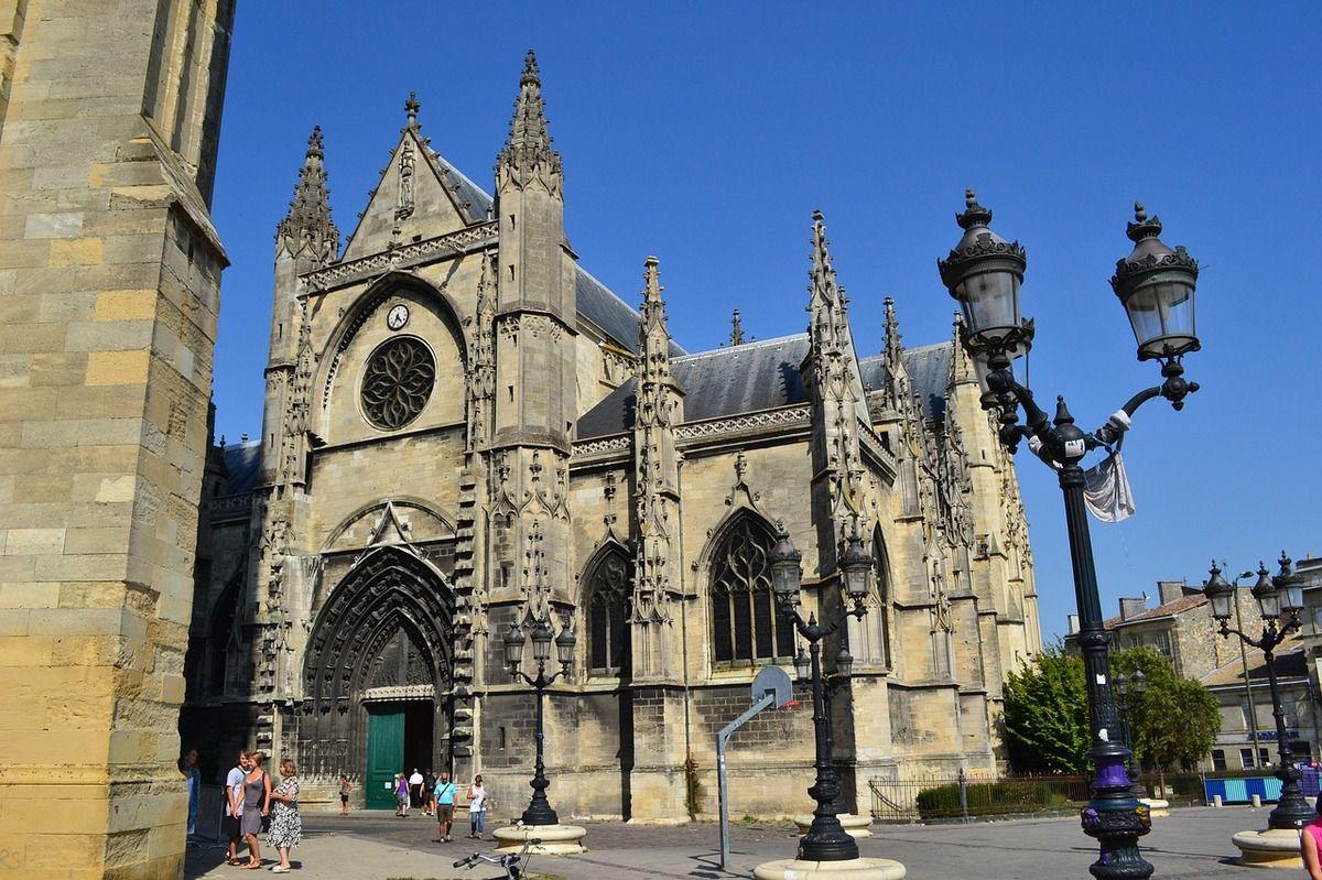 Gilets Jaunes : interdiction de manifester place Pey-Berland à Bordeaux... ce qui est le cas depuis le 24 novembre