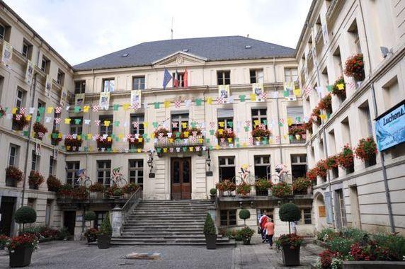 Européennes à Luchon : l'extrême-droite en tête, le PS s'effondre