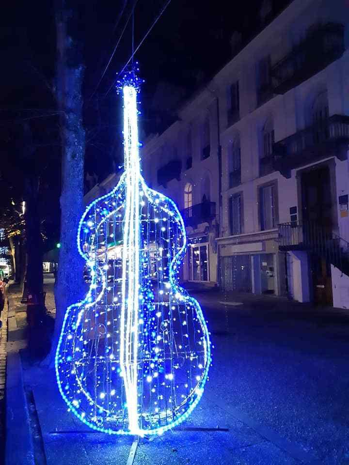 Luchon. Illuminations de Noël : et la lumière fut !