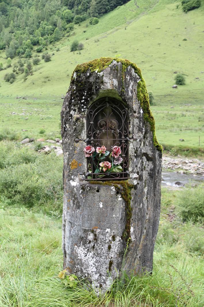 La vierge qui protege le Val d'Astau