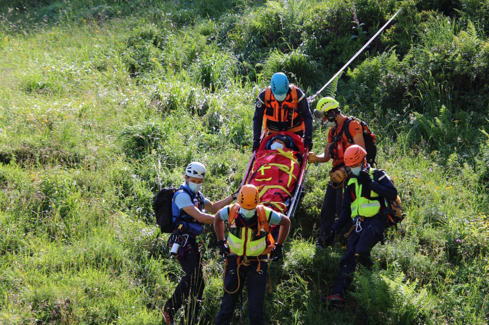 Hospice-de-France : exercice de sauvetage des secours en montagne
