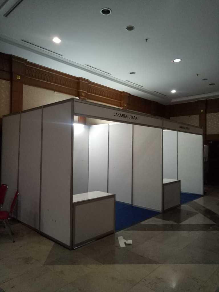 Kontraktor Partisi Pameran, Sewa Booth R8, Sewa Stand R8, Sewa Booth