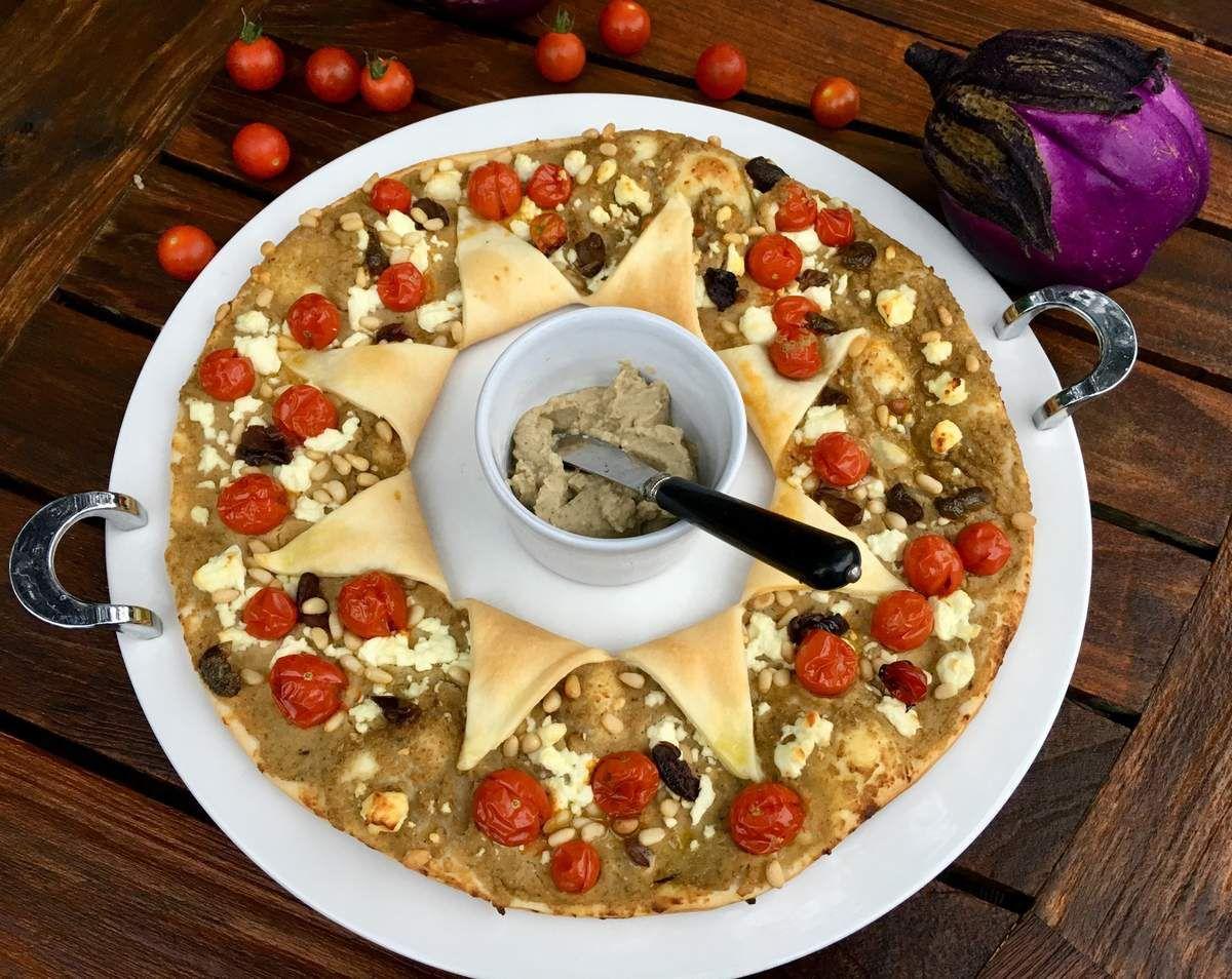 Tarte couronne au caviar d'aubergines