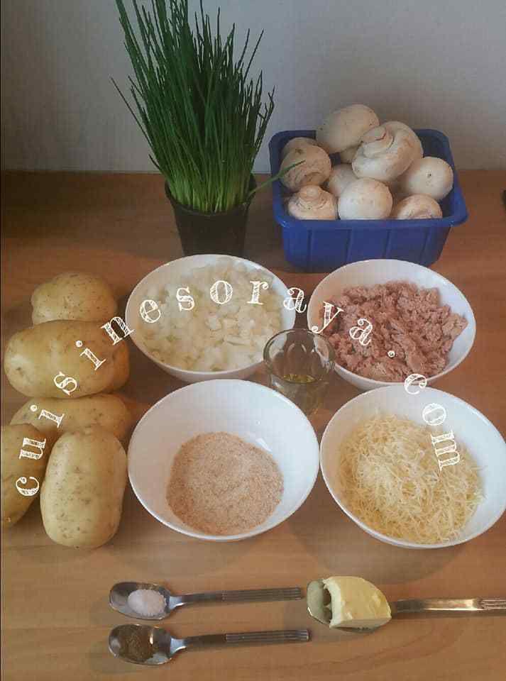 Pommes de terre farcis au thon et champignons.