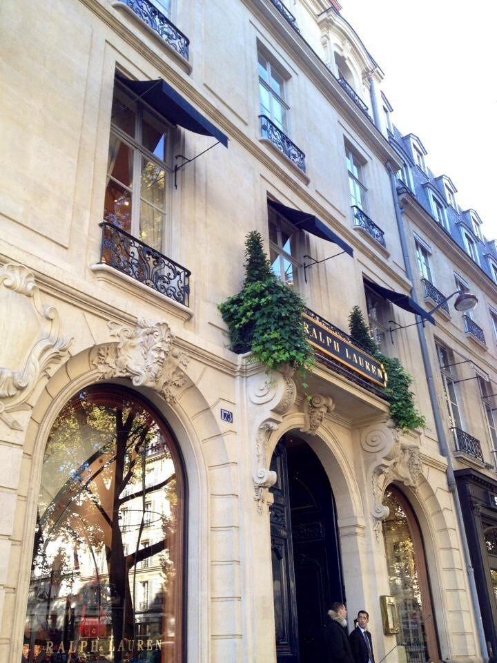Le Boulevard Saint-Germain Paris-  ONLAVU