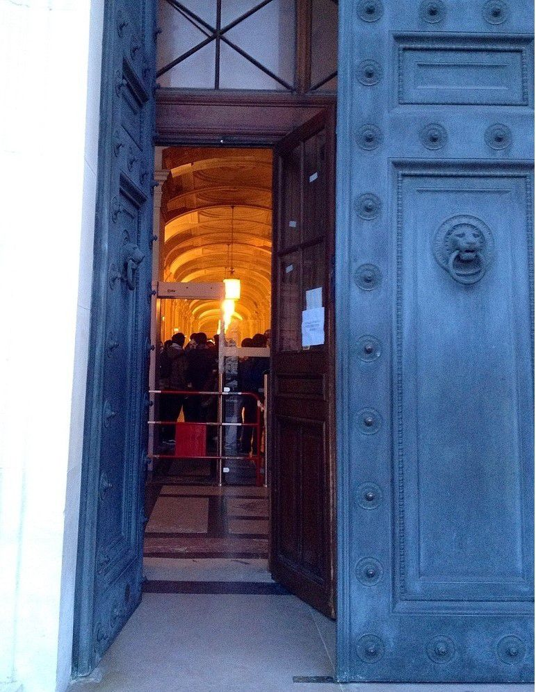 Le Palais de Justice de Paris - ONLAVU