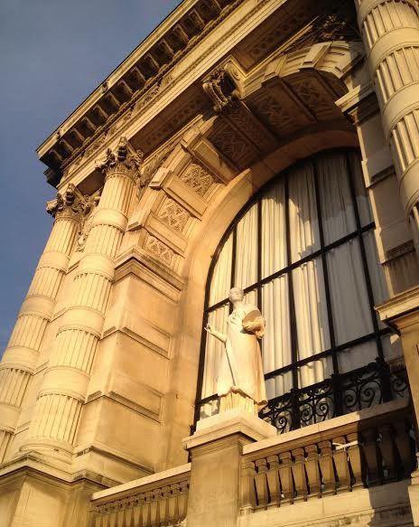 ONLAVU -Le Palais Galliera exposait Azzedine Alaïa en 2014