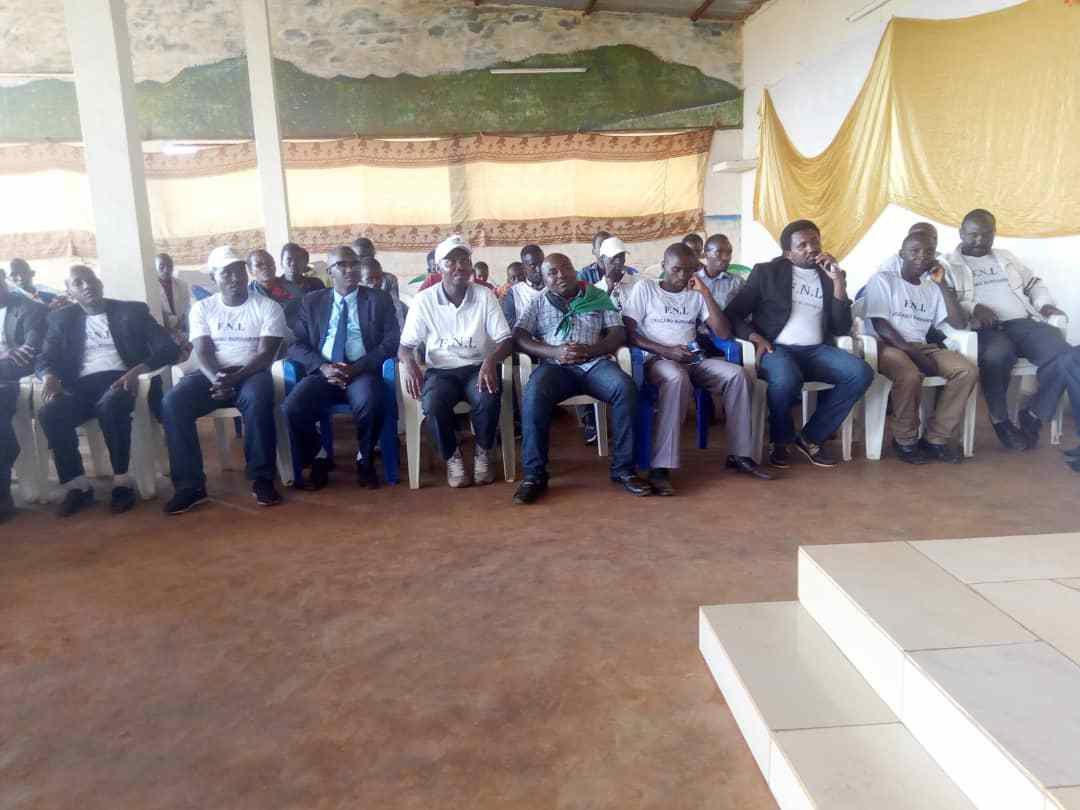 Le  Parti FNl poursuit ses activités à l'interieur du pays