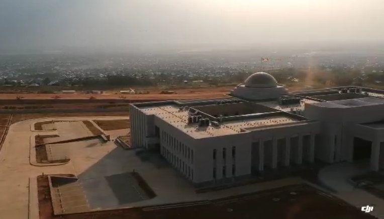 Vue arienne du future palais présidentiel