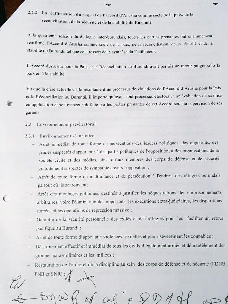 """Le document de """"sortie de crise"""" signé par l'opposition à Arusha"""