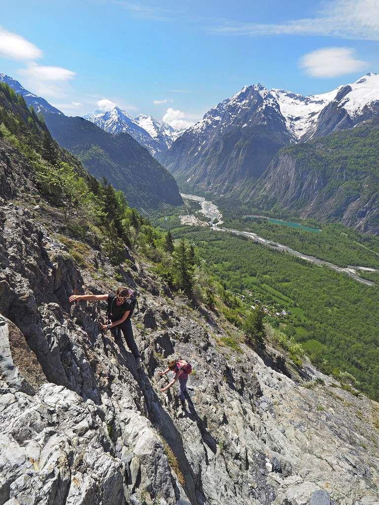Passages d'escalade plus faciles qu'on ne pourrait le croire dans la partie supérieure.