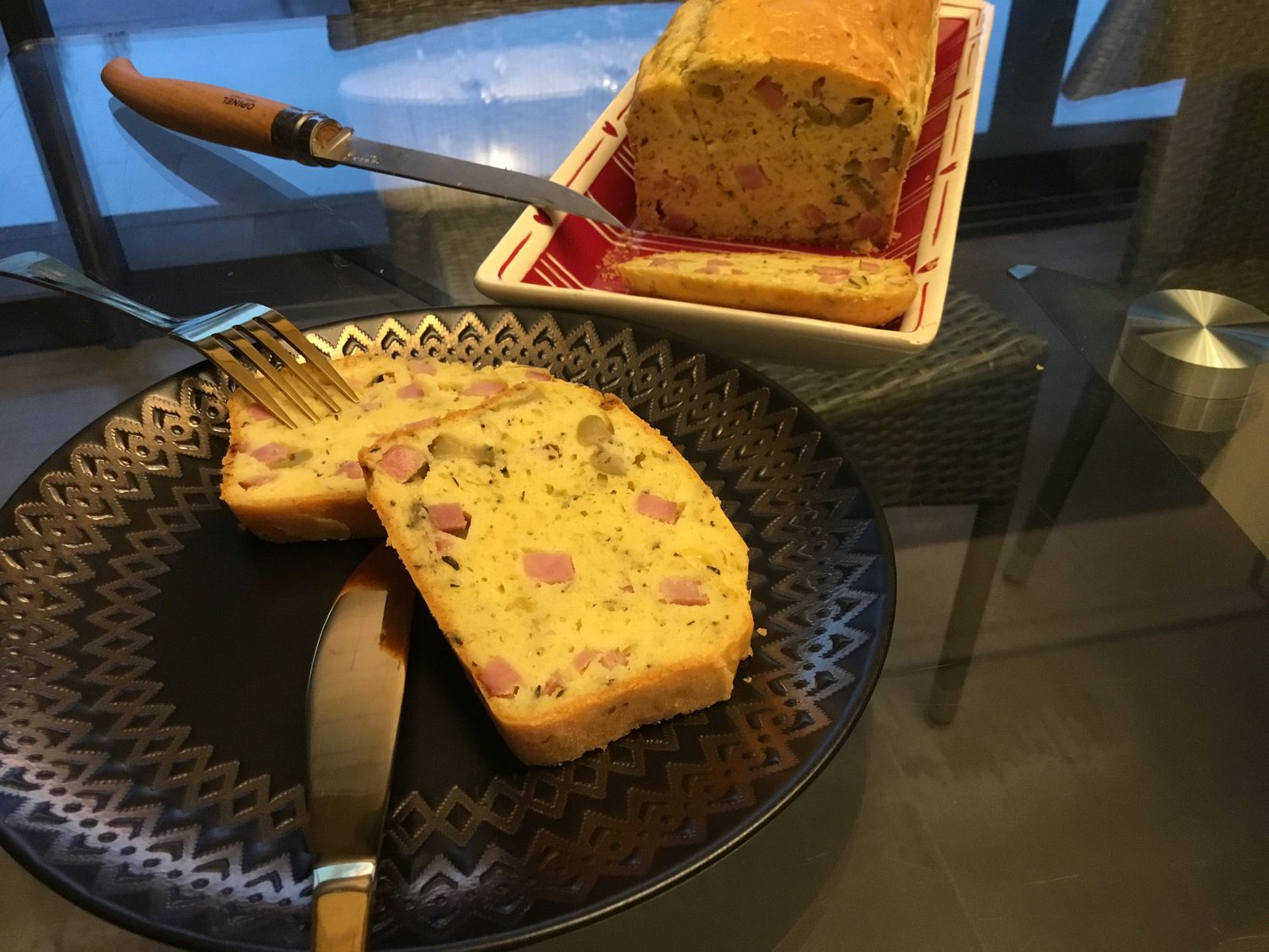 Cake jambon, olives, fromage