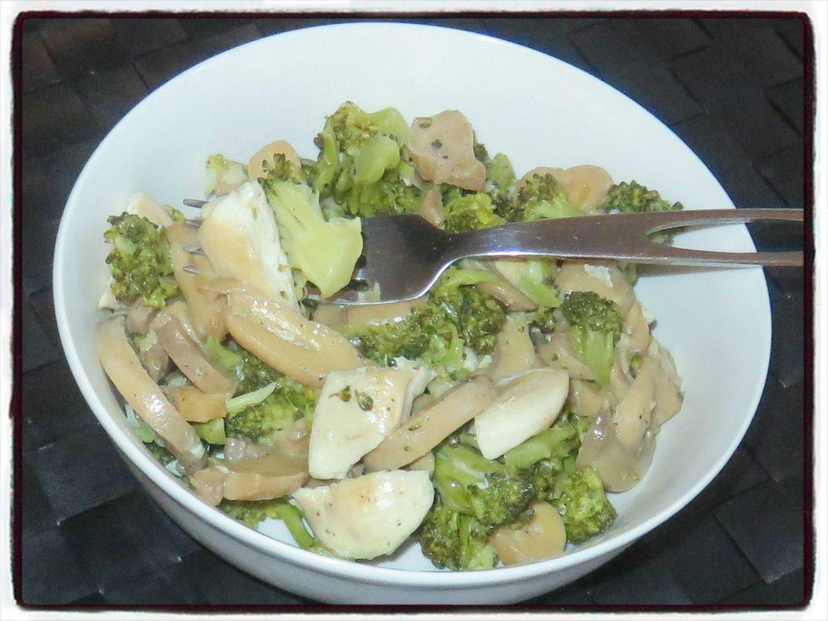 Poêlée brocolis champignons