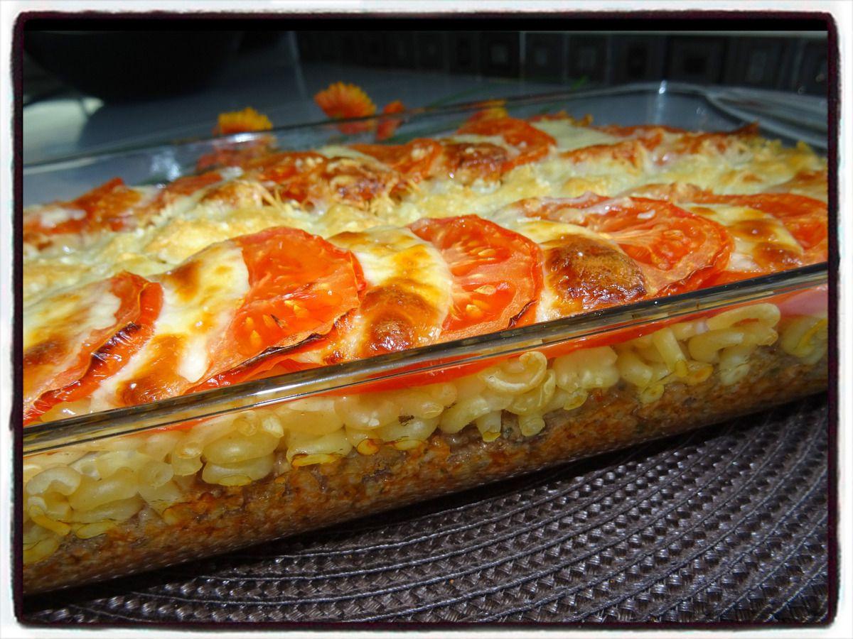 Gratin de pâtes à la tomate et à la mozzarella
