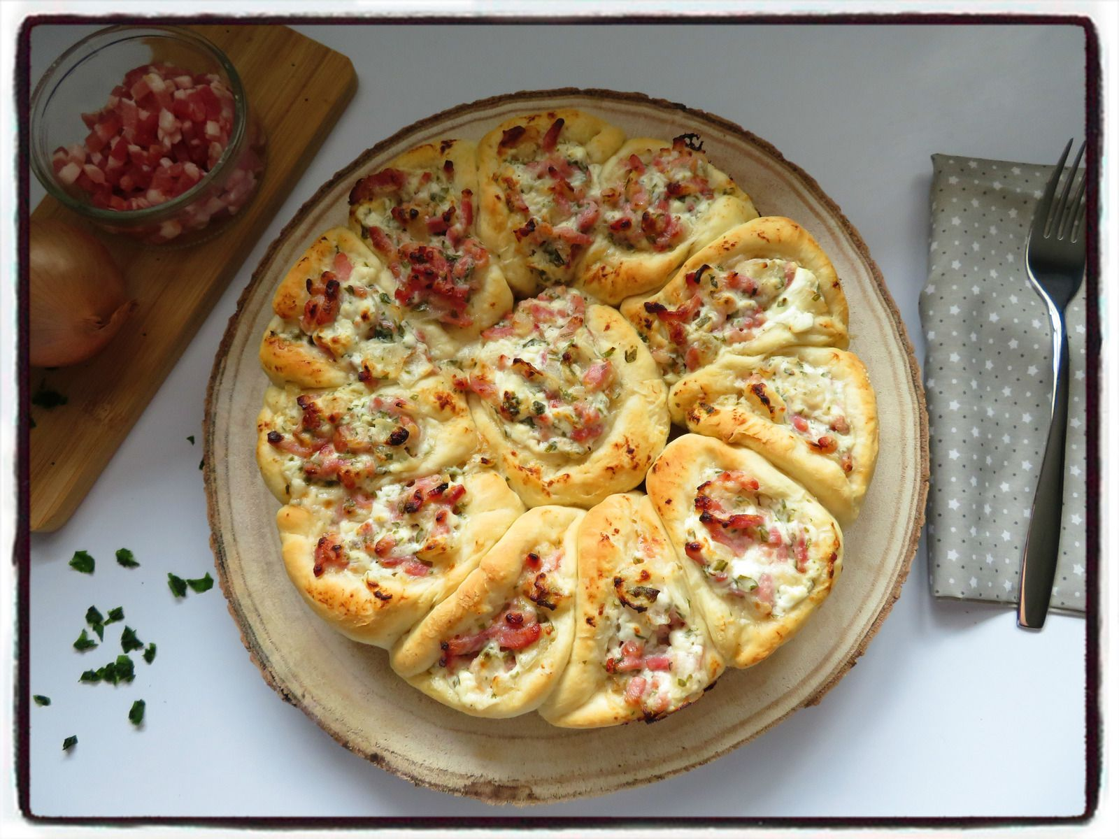 pizza chèvre lardons oignons pâte à pizza