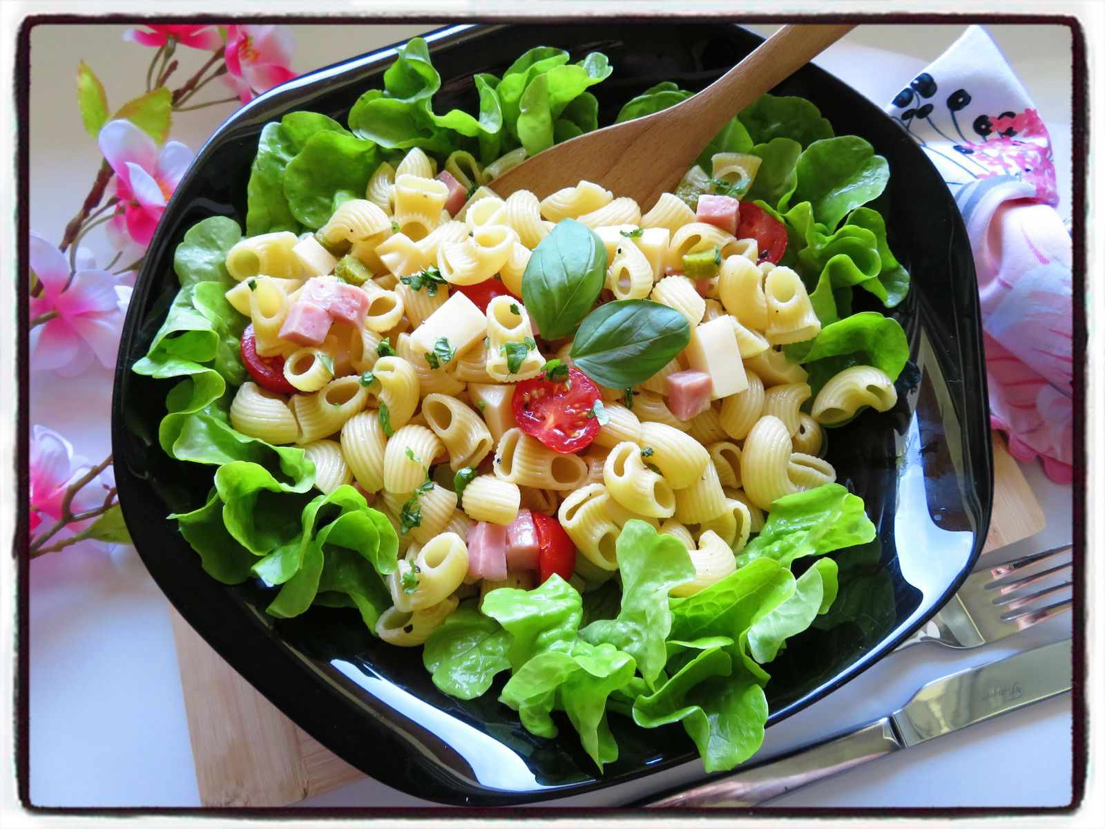 salade de pâtes emmental tomate basilic