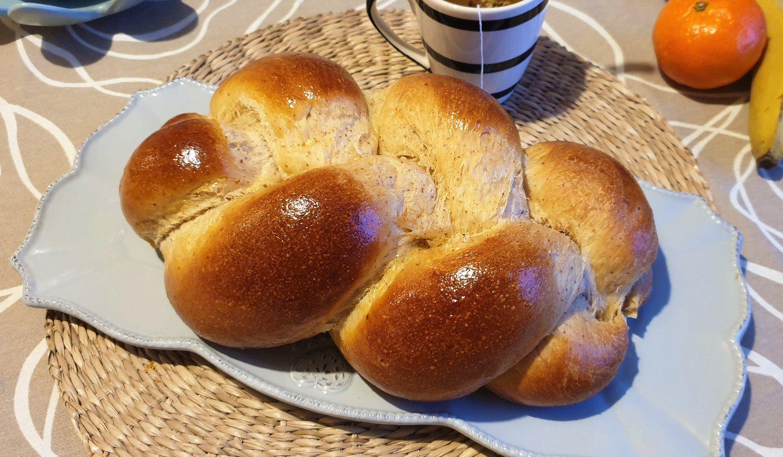 Brioche tréssée (sans beurre ni sucre raffiné)