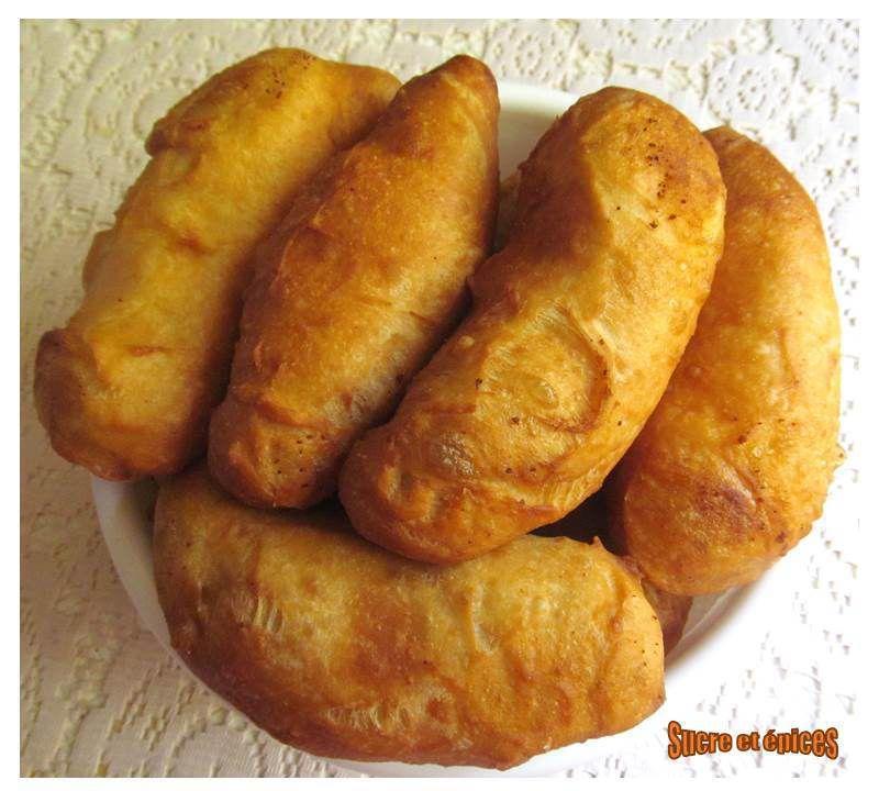 Pirojki - beignets farcis au fromage frais sec ou à la ricotta