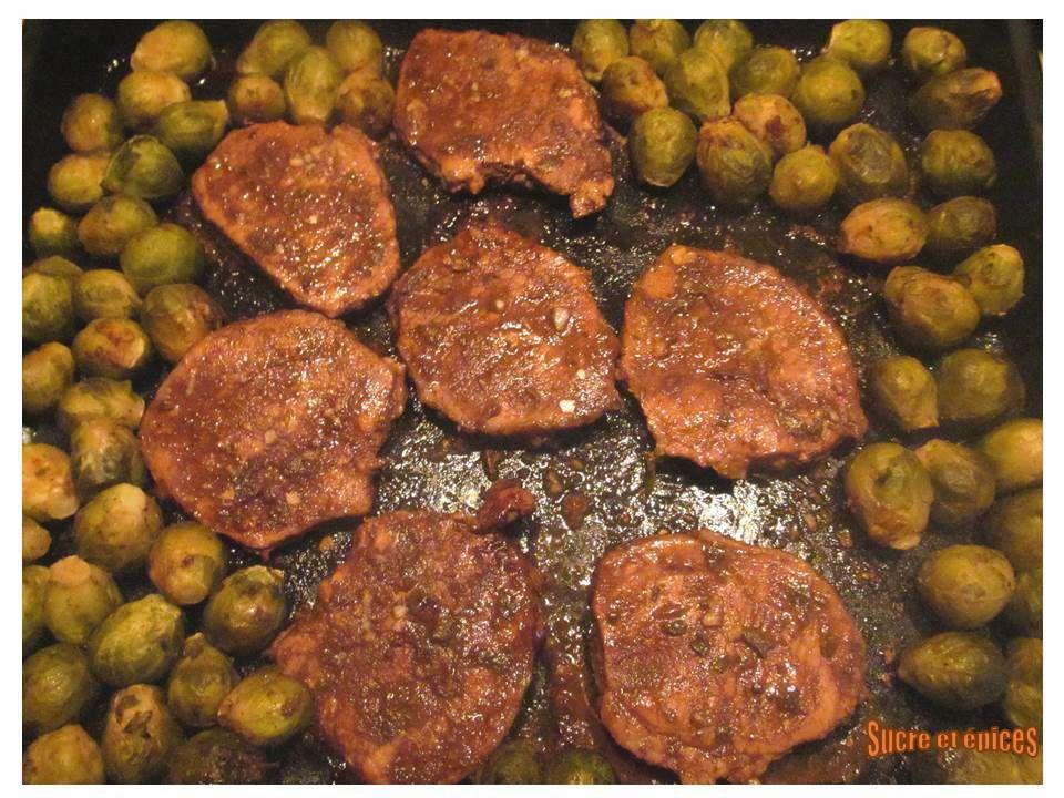 Côtes de porc au four au vinaigre balsamique et à la sauge