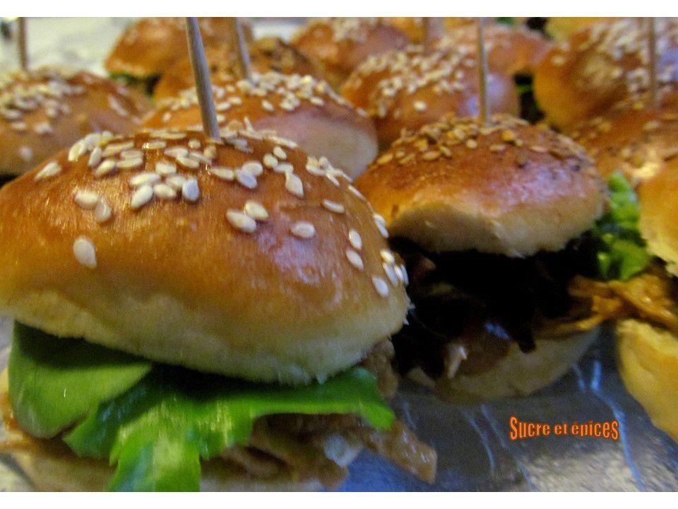 Hamburgers au porc effiloché en version maxi ou mini