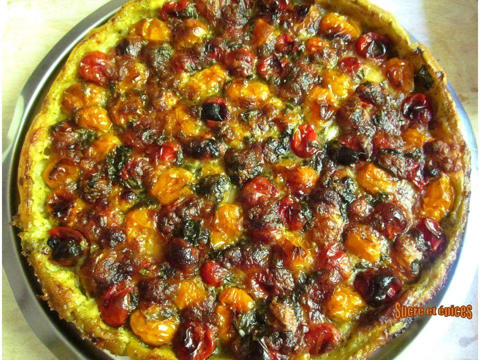 Tarte aux tomates cerises, pesto, mozzarella et basilic