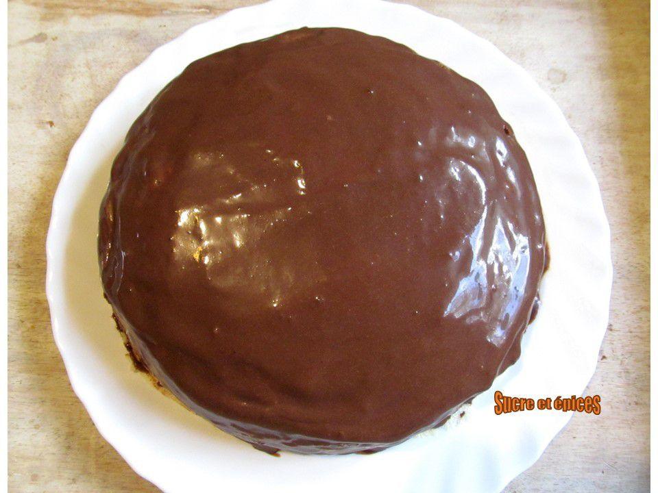 Gâteau de crêpes à la crème chocolat-banane