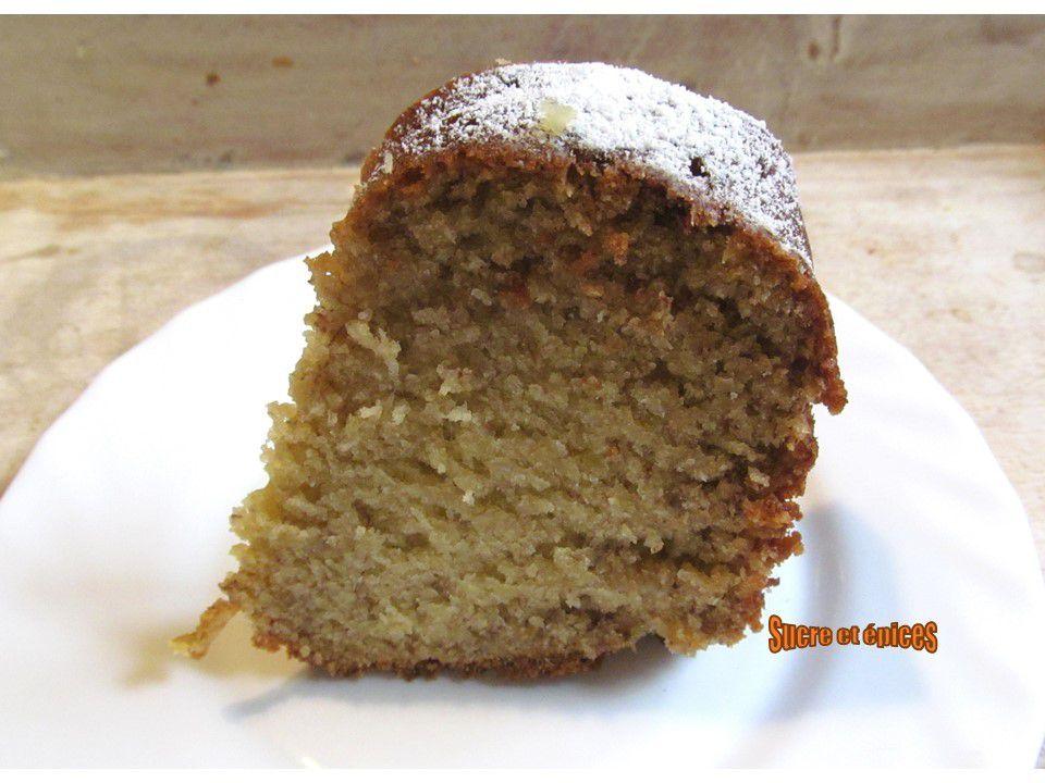 Bundt cake bananes-noix de coco