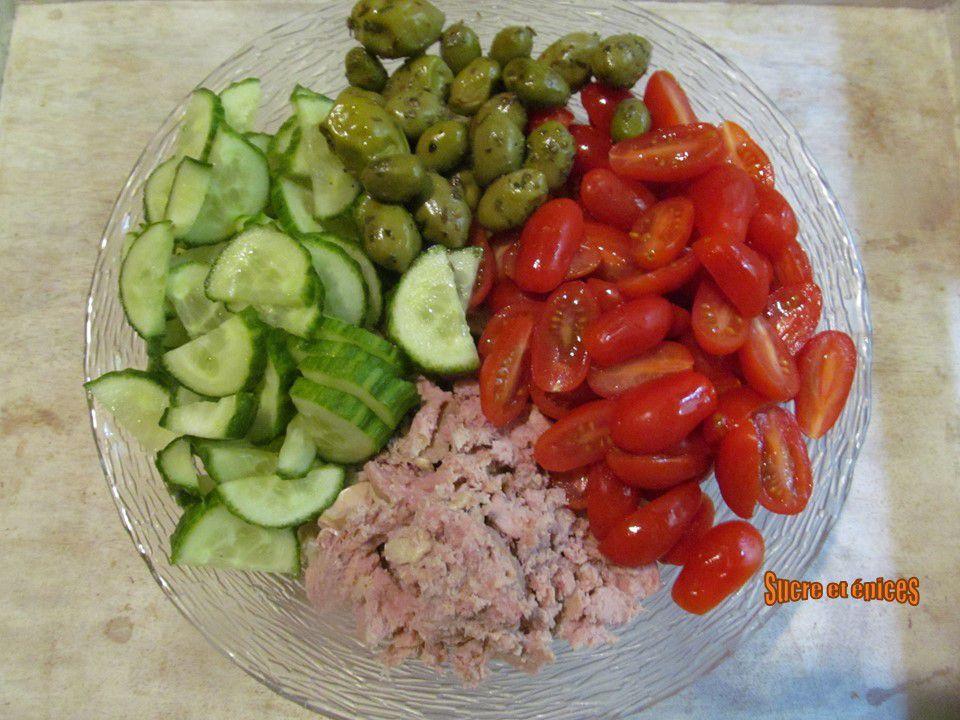 Salade de boulgour, thon et légumes