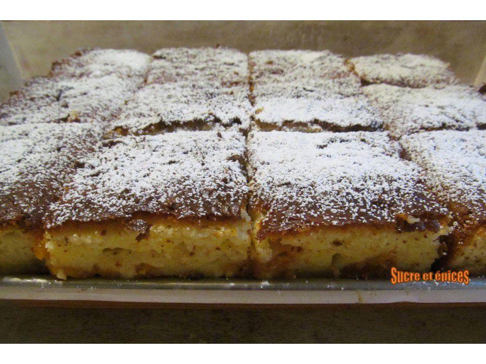 Gâteau moelleux au yaourt et abricots