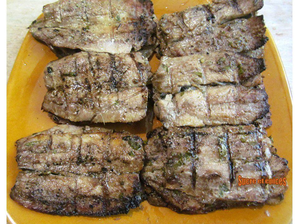 Filets de sardines grillés au citron, vinaigre balsamique et herbes