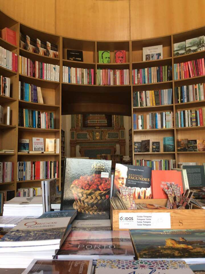 OBIDOS : INSOLITES BIBLIOTHEQUES