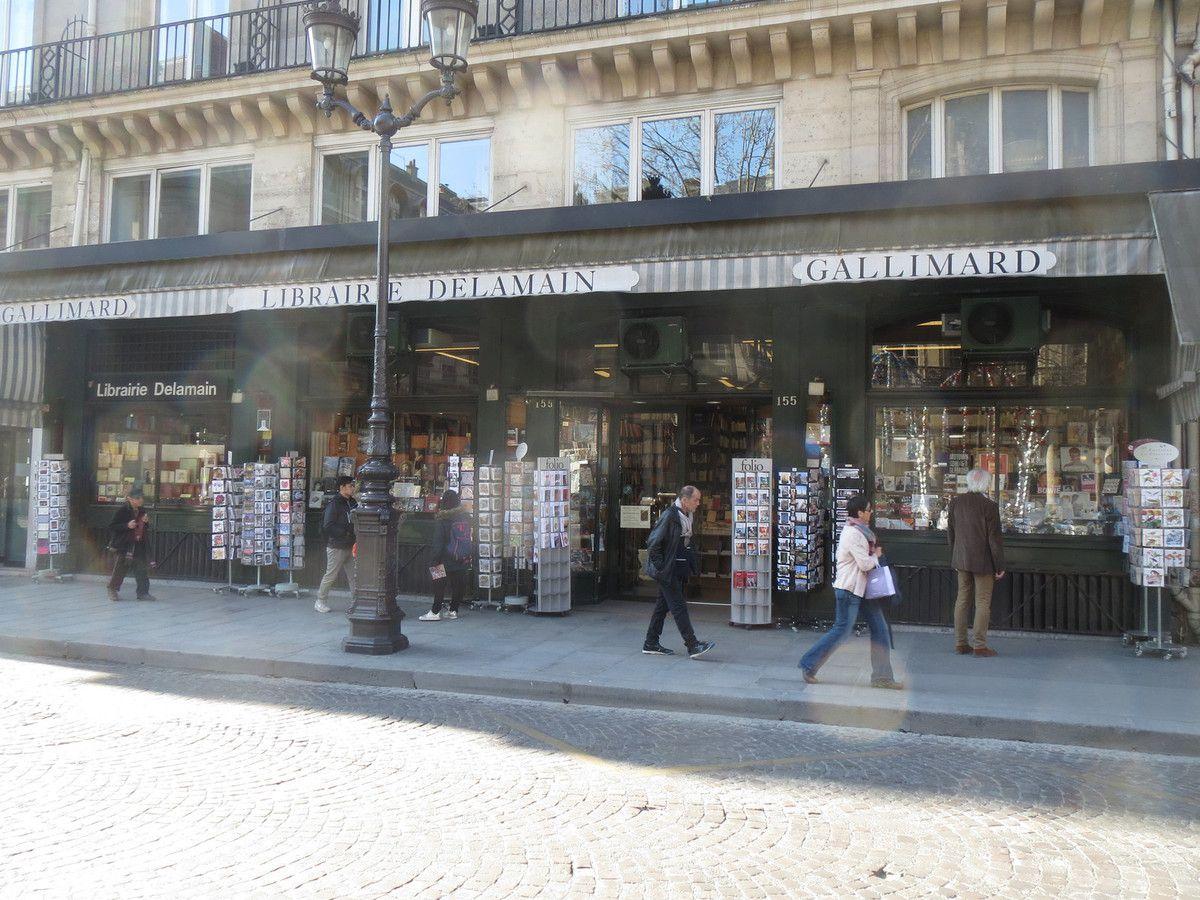 LA LIBRAIRIE DELAMAIN - PARIS