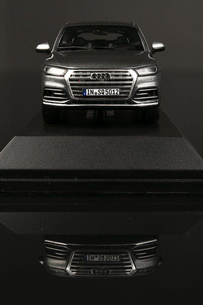 Paragon dévoile l'Audi SQ5 à l'échelle 1:43