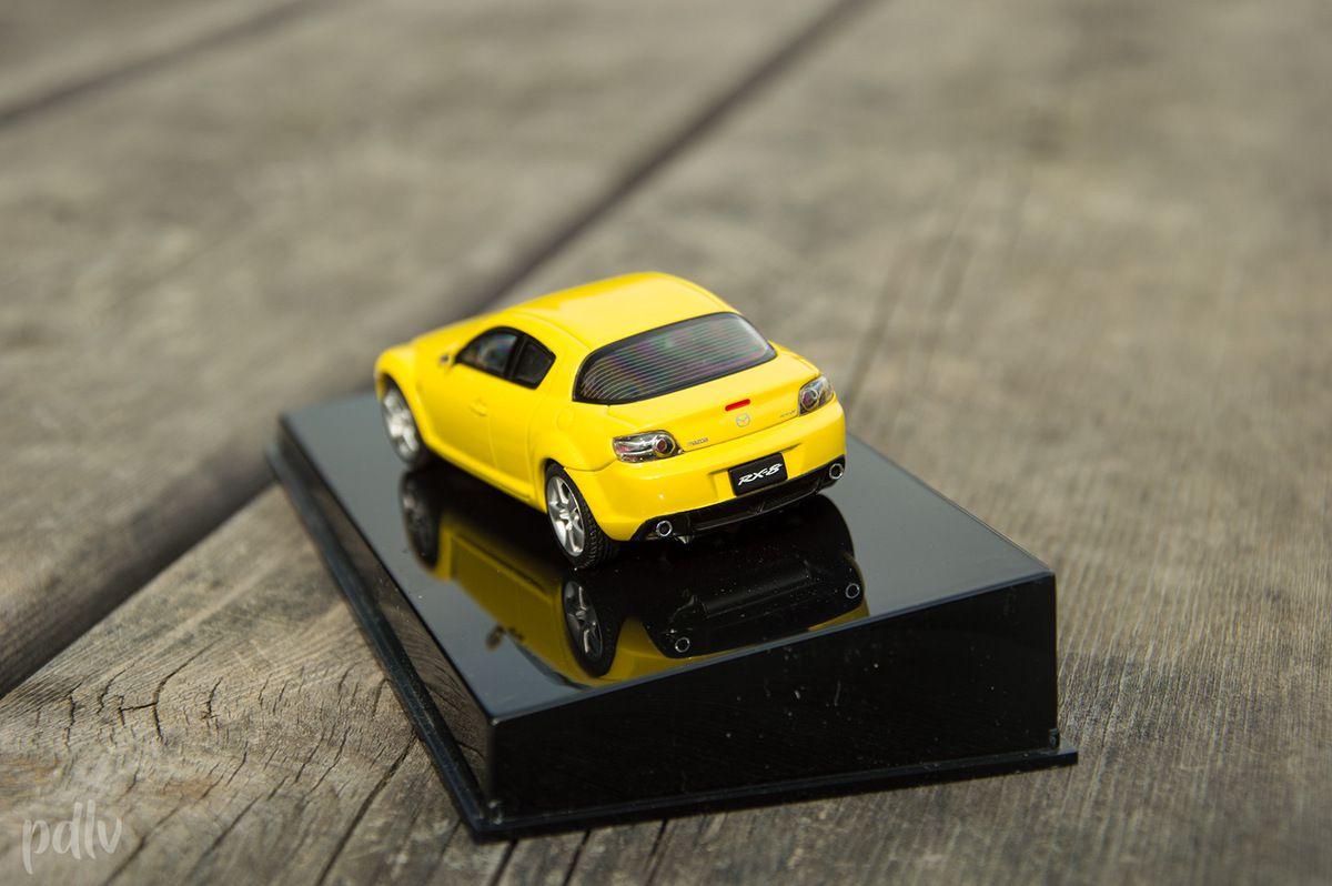 1/43 Mazda RX-8, AutoArt (55921)